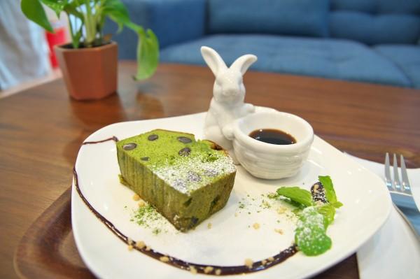 カールドゥスピール_抹茶とあずきのパウンドケーキ