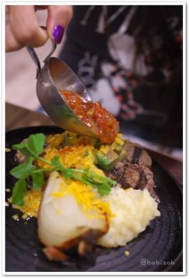 一肉十菜_ハンバーグ2