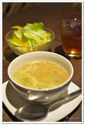 Akatsuki_スープとサラダ2